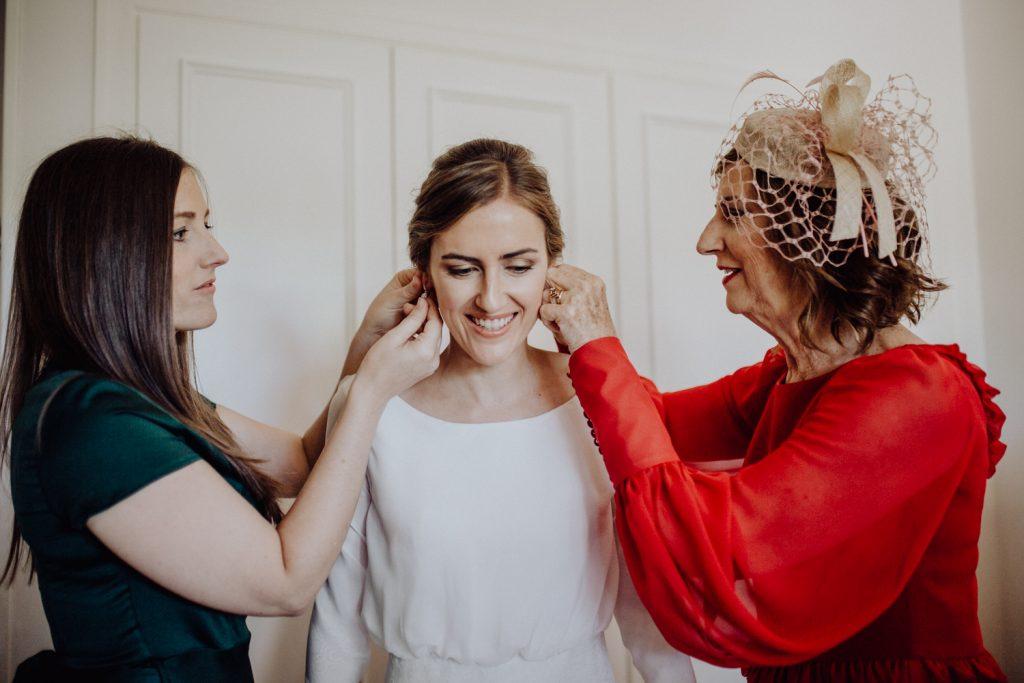 reportaje de boda en finca Itxas Bide, preparativos novia